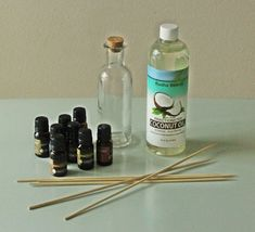 How to make your own essential oil diffuser? - - How to make your own essential oil diffuser? Homemade Reed Diffuser, Diffuser Diy, Essential Oil Diffuser, Essential Oils, Diffuser Recipes, Craft Stick Projects, Craft Stick Crafts, Perfume Diesel, Candy Dispenser