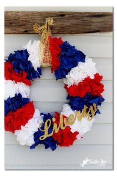 #papercraft #homedecor Liberty Wreath made by Mandy at Sugar Bee Crafts Wreath Crafts, Diy Wreath, Door Wreaths, Wreath Ideas, Summer Wreath, 4th Of July Wreath, Patriotic Wreath, Patriotic Party, Patriotic Crafts