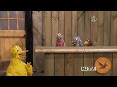 Big Bird (Caroll Spinney) is delighted to get an invitation for The Good Birds Club, but a bully pigeon makes fun of him and ridicules his looks. An excellen. Kid President, Read Aloud Books, Guidance Lessons, Anti Bullying, Character Education, Big Bird, School Counselor, Educational Videos, Social Skills