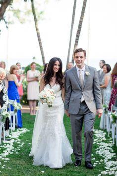 A stunning Santa Barbara bride & groom: http://www.stylemepretty.com/california-weddings/santa-barbara/2015/08/26/elegant-santa-barbara-resort-wedding/ | Photography: Michael & Anna Costa - http://www.michaelandannacosta.com/