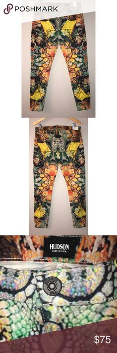 Hudson $75 NWT Size 31 Abstract Super Skinny Jeans Low waisted Button &zip fly closure Logo Multi-pocketed MIDRISE NICO: SUPER SKINNY Composition: 91% CO, 6% PL, 3% LY Hudson Jeans Jeans Skinny