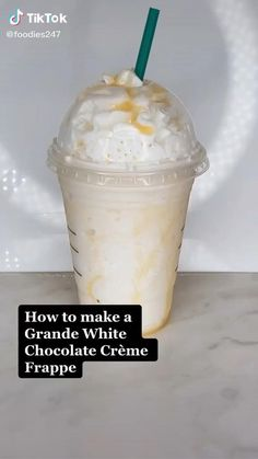 Bebidas Do Starbucks, Starbucks Drinks, Starbucks Frappe Recipe, Starbucks Coffee, Iced Coffee, Secret Starbucks Recipes, Yummy Drinks, Yummy Food, Coffee Drink Recipes