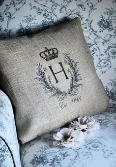 I am making cushions for a project right now and I am finding so many ideas I love I thought I would share a few for Inspiration in White this week. There are so many fun ideas to add that extra something to any room with a few well chosen cushions that add just the right bit of color or pattern. Take a look... Enjoy! Trudy xx Via:notonthehighstreet.com,dreamywhitesonline.com, lereperedesbelettes.com , lamaisondouce.canalblog.com, etsy.com, 25.media.tumblr.com, Atelier de Campagne ...