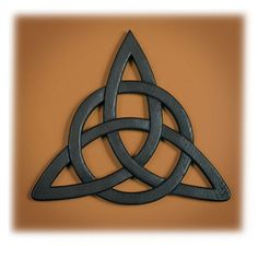 Celtic Trinity Knot Wall Hanging and Card . Celtic Trinity Knot Wall Hanging and Card Trinity Knot Tattoo, Celtic Trinity Knot, Celtic Knots, Trinity Symbol, Celtic Symbols, Celtic Art, Celtic Crosses, Celtic Pride, Celtic Decor