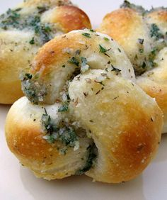 Parmesan Knots | I just made these for our Italian dinner, they are delicious.