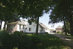 Voormalige boerderij de Lindenhof, Leiderdorp. Zijaanzicht met bijgebouw