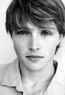 Sterling Knight is quite handsome Sterling Knight Starstruck, Chad Dylan Cooper, Randy Wayne, Sonny With A Chance, Freckle Face, Face Expressions, Famous Men, Famous People, Handsome Actors