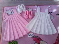 Bebek yün elbiseler
