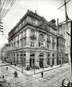 Cotton Exchange, New Orleans 1900. Such architecture!