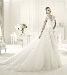 Elie Saab's Extraordinary 2013 Collection for Pronovias Elie- I heart this very much.