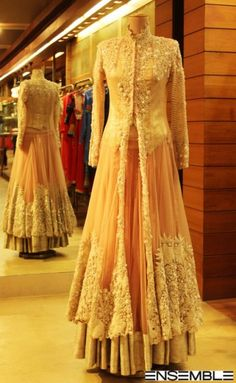 Anamika Khanna'a Collection for the first time at Ensemble, DLF Emporio, New Delhi India Fashion, Ethnic Fashion, Asian Fashion, London Fashion, New York Fashion, Fashion Beauty, Fashion Designer, Indian Designer Wear, Designer Dresses