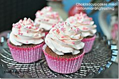 Got to try! Chocolate cupcakes with merengue topping!