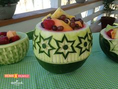 Closer look at Nit'as Star Flower Bowl on Halmmark Channel's Home and Famiy Show Watermelon Basket, Watermelon Art, Watermelon Carving, Vegetable Decoration, Fruit And Vegetable Carving, Pumpkin Flower, Food Carving, Food Garnishes, Fruit Displays