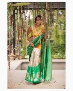 Nail Your Traditional Look With These Classy Silk Sarees! - Nail Your Traditional Look With These Classy Silk Sarees! Traditional Silk Saree, Traditional Looks, Traditional Outfits, Latest Silk Sarees, Soft Silk Sarees, Cotton Saree, South Indian Silk Saree, Pattu Saree Blouse Designs, Drape Sarees