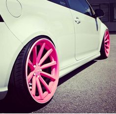 THIS IS WHAT I WANT TO BE MY FIRST CAR. VW Golf GTI - White, 2 door ... PINK RIMS ... dreamy