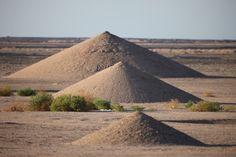 Desert Breath, land art installation in the Sahara Desert by Danae Stratou.