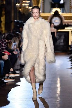 "Stella McCartney unveiled a  ""fur-free fur"" collection at Paris Fashion Week:"