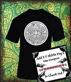Playera con Calendario Azteca... La Gran Piedra del Sol!!! Playeras Aztecas!!! de ArteImMrAmA en Etsy