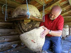 Opening a bee skep