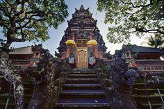 Pura Saraswati Temple – Ubud, Bali » Patrick Love Photography
