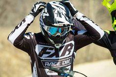 Blogissamme juttua FXR:n 2019 uutuuksista! Tutustu ensimmäisten joukossa  Linkki biossa   #mx #motocross #fxr #fxr2019