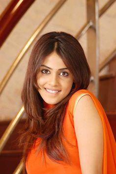 Beautiful Blonde Girl, Beautiful Girl Indian, Most Beautiful Indian Actress, Beautiful Bride, Beautiful Places, Beautiful Women, Cute Beauty, Beauty Full Girl, Beauty Women