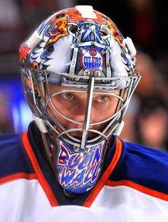 Best goalie masks of 2013 NHL season Hockey Helmet, Ice Hockey Teams, Hockey Goalie, Football Helmets, Hockey Stuff, Patrick Roy, Nhl Season, Goalie Mask, Nhl News