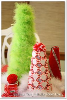 Whimsical Christmas Centerpiece from The Real Thing with the Coake Family #Christmas #Centerpiece
