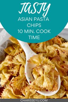 This fun snack idea is a huge Tik Tok trend lately, and I immediately knew I had to try it with my own twist. Pasta chips are so fun! They're crunchy and crispy and full of flavor. You will want to eat the whole batch, especially since it only takes about 10 minutes of cook time. Kids Meals, Family Meals, Pasta Recipes For Kids, Pasta Chips, Chips Recipe, How To Cook Pasta, Tik Tok, Tasty, Lunch