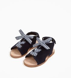 ZARA - KIDS - PRINTED BOW SANDALS