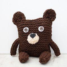 Best Craft Ideas for Kids! Knitting Bear, Spool Knitting, Knitted Teddy Bear, Vogue Knitting, Teddy Bears, Beginner Knitting Patterns, Loom Knitting Projects, Finger Crochet, Finger Knitting