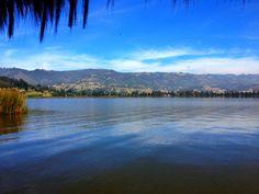 Reflejos en el Lago Sochagota (Paipa).