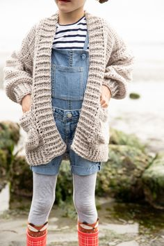 Oversized Crocheted Cardigan FREE PATTERN + Tutorial // Learn how to make a crocheted cardigan using just basic stitches! Perfect for cozy fall weather! Crochet Baby Cardigan Free Pattern, Crochet Baby Blanket Beginner, Crochet Poncho, Crochet Patterns, Poncho Patterns, Crochet Toddler, Crochet Girls, Crochet For Kids, Free Crochet