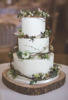 3 tier rustic buttercream wedding cake, with fresh. 3 tier rustic buttercream wedding cake, with fresh flowers and willow. Tire Wedding Cakes, Floral Wedding Cakes, Wedding Cake Rustic, Elegant Wedding Cakes, Wedding Cake Designs, Wedding Cake Vintage, Wedding Cake Simple, Wedding Cake Flowers, Different Wedding Cakes
