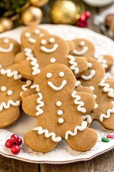 The best easy keto cookies. The Best low carb christmas cookies. Eggnog Cookies, Ginger Bread Cookies Recipe, Keto Cookies, Cookies Et Biscuits, Cookies Soft, Man Cookies, Shortbread Cookies, Sugar Cookies, Best Gingerbread Cookies