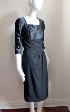 c87cf1392fa Vintage 1950s New Look Little Black Dress Cocktail sz S 35