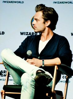 Sebastian Stan at Wizard World Comic Con 2014 Sebastian Stan, Guys My Age, James Barnes, Raining Men, Stucky, Bucky Barnes, Winter Soldier, Pretty People, Beautiful People