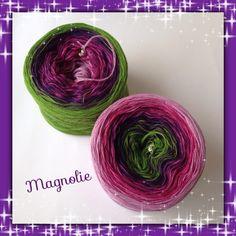 Magnolia, handgewickeltes Farbverlaufsgarn aus 50% Baumwolle/50% Polyacryl, angenehm weich