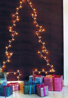 6 Weeks of Holiday DIY : Week 4 – Creative Christmas Lights! Wall Christmas Tree, Xmas Tree, Christmas Lights, Christmas Decorations, Wall Decorations, Modern Christmas, All Things Christmas, Christmas Holidays, Minimalist Christmas