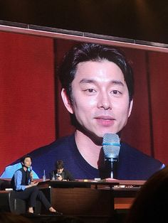 The Goblin bromance lives on with Gong Yoo's surprise appearance at Lee Dong Wook's fan meeting