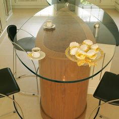 oval shaped breakfast bar - Google Search Breakfast Bars, Oval Shape, Google Search, Home Decor, Decoration Home, Room Decor, Home Interior Design, Home Decoration, Interior Design
