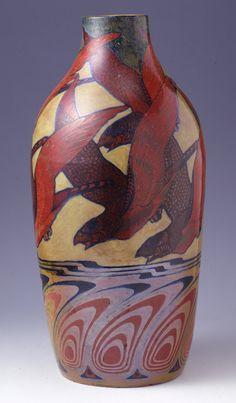 Galileo Chini - Vaso con volo d'uccelli e penne di pavone - 1898-1902 - Manifattura Arte della Ceramica - Collezione privata