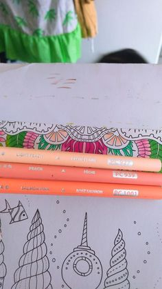 Adult Coloring Pages, Coloring Books, Colored Pencil Tutorial, Coloring Tutorial, Colouring Techniques, Crayon Art, Polychromos, Johanna Basford, Color Swatches