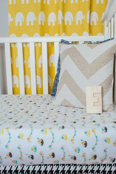 We are loving mod, whimsical crib sheets like these from @Drawstring Studio! #crib #modern #nursery
