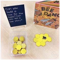 {A Pinch of Kinder} Bee Inquiry: Kindergarten Centre Idea: Can you build a hive for the bees? Can you tell a bee story? Kindergarten Inquiry, Kindergarten Centers, Preschool Science, Preschool Lessons, Literacy, Kindergarten Library, Bee Activities, Spring Activities, Letter Activities
