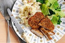 Herb-crusted pork with apple mash – Recipes – Slimming World Slimming World Pork Recipes, Slimming World Diet, Slimming Eats, Healthy Foods To Eat, Healthy Drinks, Healthy Eating, Healthy Recipes, Savoury Recipes, Healthy Dinners