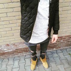 "Ramon van den Berg on Instagram: ""Outfit of today! Got this new sweater last weekend. #blvck #blvckfashion #clothes #fashion #fashioninsta #fashionkilla #instafashion #instafollow #instalook #instadaily #inked #like4like #lookoftheday #mensfashion #menswear #timberland #ootd #outfit #outfitoftheday #picoftheday #streetstyle #followforfollower #streetfashion #streetwear #sneakers #whitefashion #outfitsociety #l4l #povoutfit"""