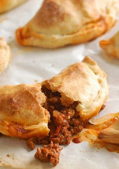 beef empanadas were easy to make and perfect for tapas night! (These make me excited to move to DC where great empanadas are easy to find! Mexican Dishes, Mexican Food Recipes, Beef Recipes, Cooking Recipes, Carne Picada Recipes, Beef Empanadas, Empanadas Recipe, Mini Empanadas, Aperitivos Finger Food