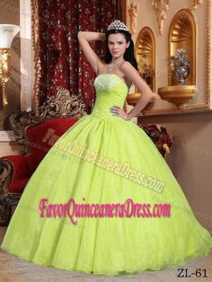 Wholesale Yellow Green Dress for Quinceanera with Appliques in Organza