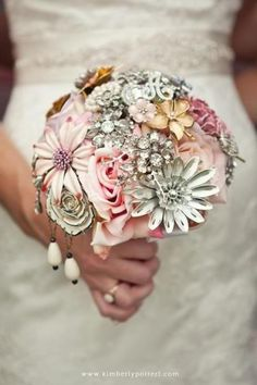 Crystal brooch bouquet by The Ritzy Rose!